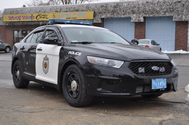 FORD INTERCEPTOR SEDAN